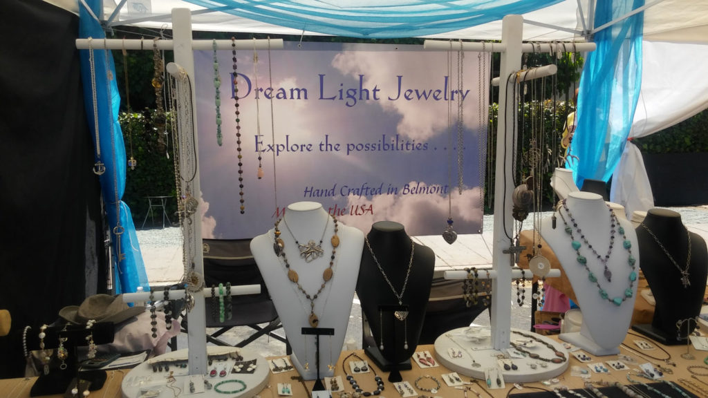 Dream Light Jewelry Table 7
