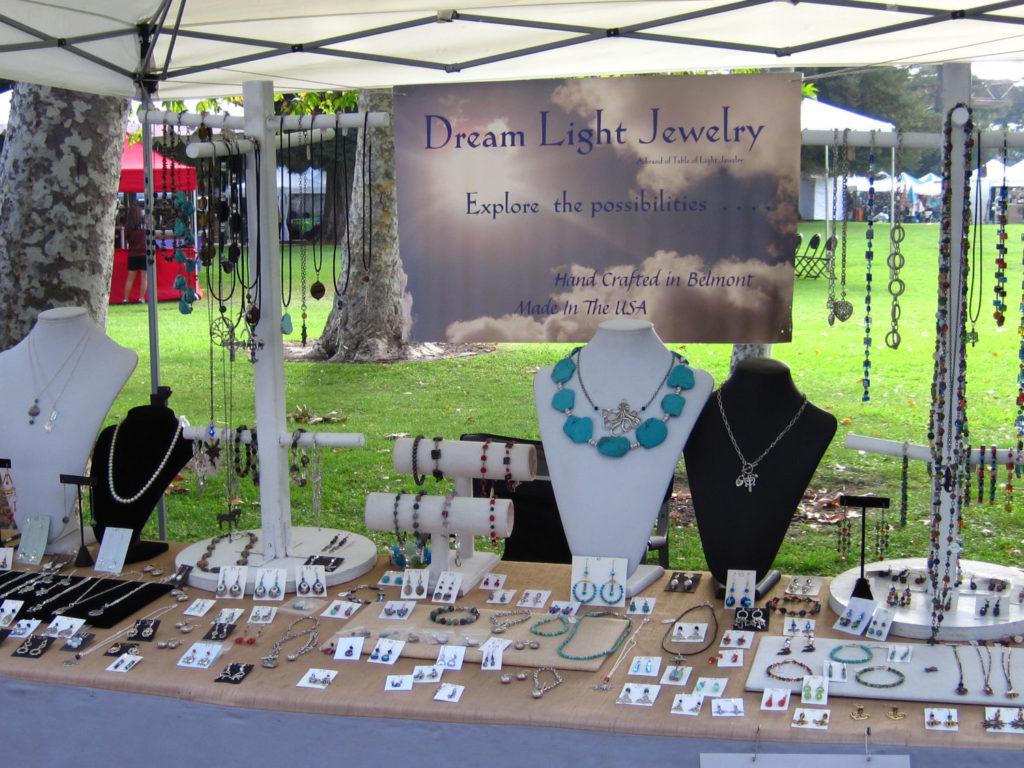 Dream Light Jewelry Table 1