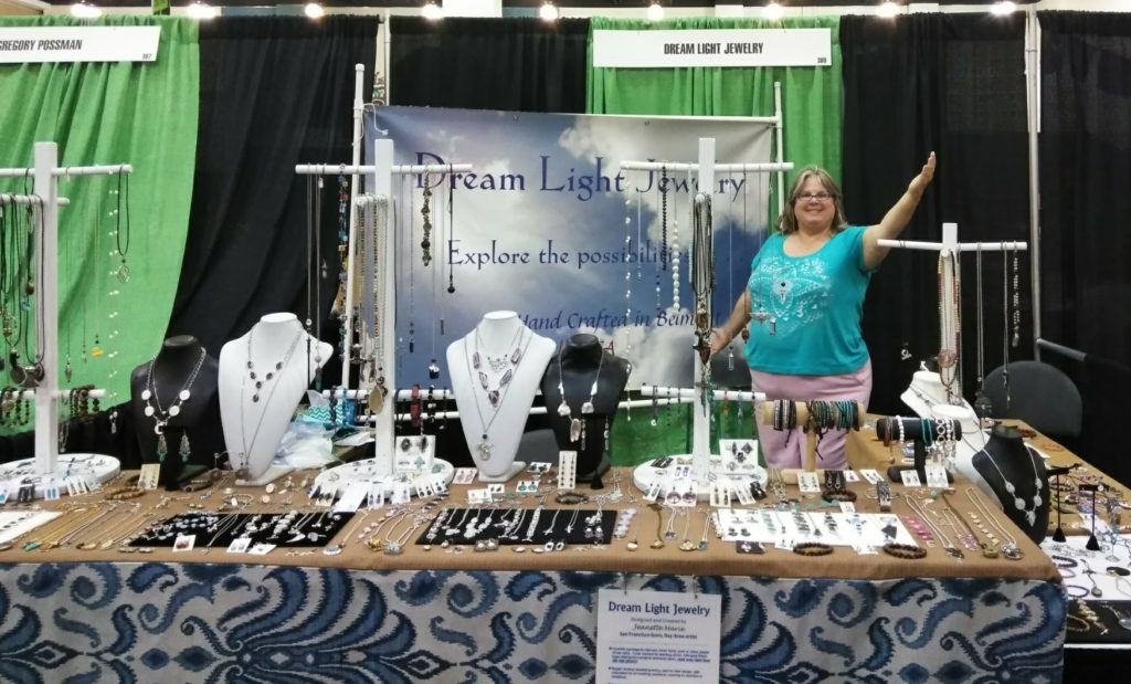 Dream Light Jewelry Table 3